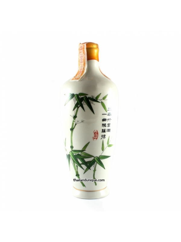 Chinese Bamboo Leaf Vodka in Special Pot